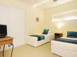 port douglas 3 bedroom luxury accommodation